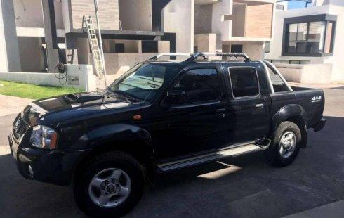 Urge!! Vendo excelente Nissan Frontier 2014 Manual en en Querétaro