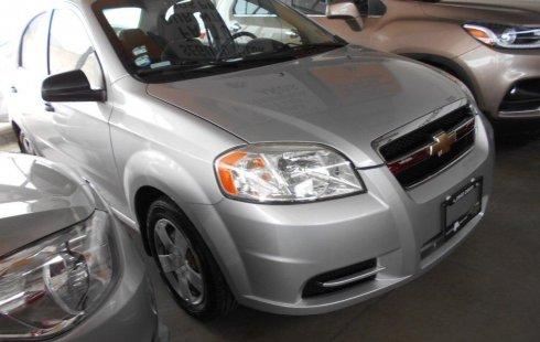 Carro Chevrolet Aveo 2011 de único propietario en buen estado