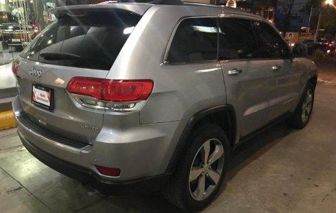 Vendo un carro Jeep Grand Cherokee 2014 excelente, llámama para verlo