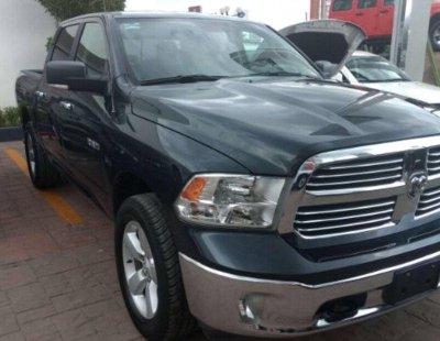 Me veo obligado vender mi carro Dodge RAM 1500 2017 por cuestiones económicas