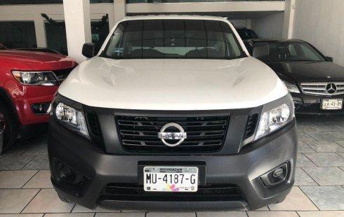 Coche impecable Nissan Pick Up con precio asequible