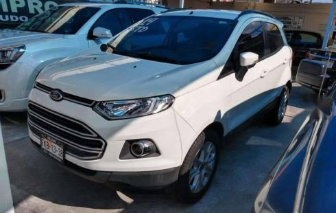 Un carro Ford EcoSport 2014 en Saltillo