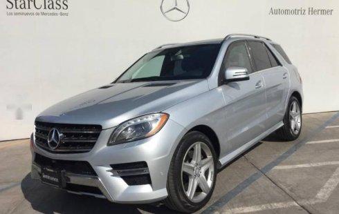 Pongo a la venta cuanto antes posible un Mercedes-Benz Clase M en excelente condicción