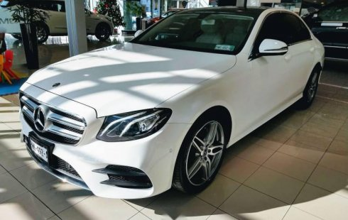 Vendo un Mercedes-Benz Clase E en exelente estado