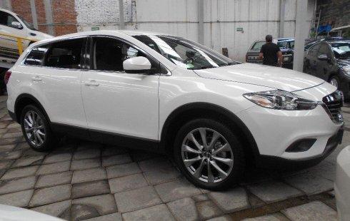Quiero vender un Mazda CX-9 en buena condicción