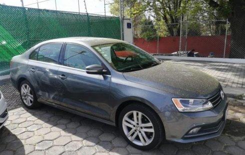 Quiero vender inmediatamente mi auto Volkswagen Jetta 2016