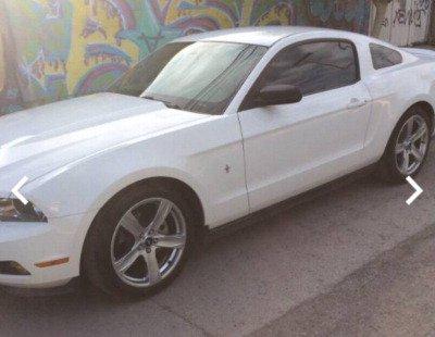 Pongo a la venta cuanto antes posible un Ford Mustang en excelente condicción a un precio increíblemente barato
