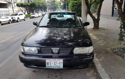 Quiero vender un Nissan Tsuru en buena condicción