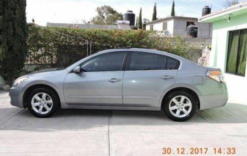 Quiero vender urgentemente mi auto Nissan Altima 2008 muy bien estado