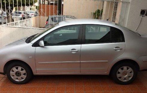 Quiero vender inmediatamente mi auto Volkswagen Polo 2004