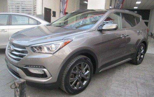 En venta un Hyundai Santa Fe 2018 Automático en excelente condición
