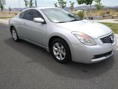 Quiero vender inmediatamente mi auto Nissan Altima 2008