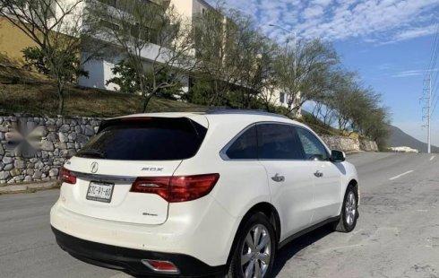 Un carro Acura MDX 2016 en Monterrey