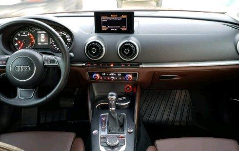 Un carro Audi A3 2014 en Mérida