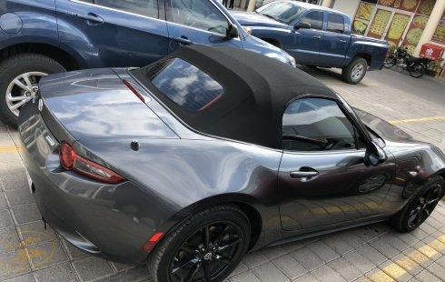 Quiero vender inmediatamente mi auto Mazda MX-5 2019