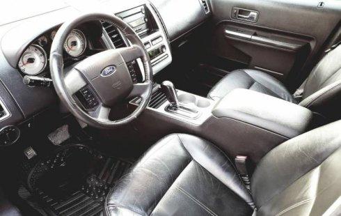 Un Ford Edge 2007 impecable te está esperando