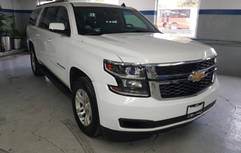 Chevrolet Suburban 2017 usado