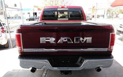 Carro RAM RAM 2016 de único propietario en buen estado