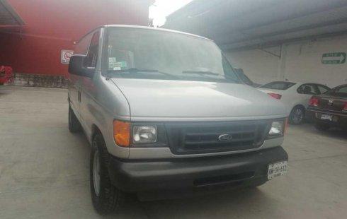 Ford Econoline Wagon 2005 barato