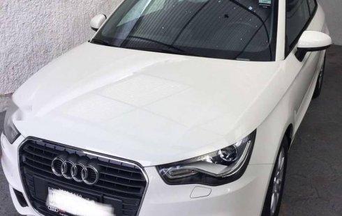 Carro Audi A1 2014 de único propietario en buen estado