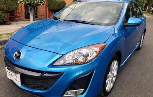 Carro Mazda 3 2011 de único propietario en buen estado