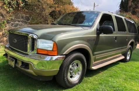 Ford Excursion 2001 todo pagado blindada