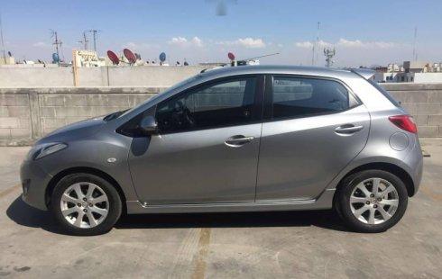 Me veo obligado vender mi carro Mazda 2 2012 por cuestiones económicas