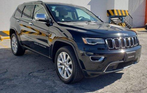Vendo un carro Jeep Grand Cherokee 2017 excelente, llámama para verlo