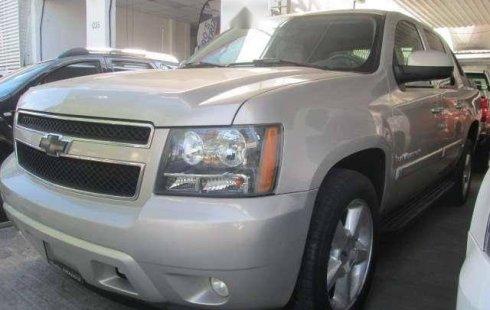 Me veo obligado vender mi carro Chevrolet Avalanche 2007 por cuestiones económicas