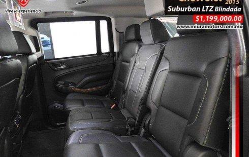 Quiero vender inmediatamente mi auto Chevrolet Suburban 2015