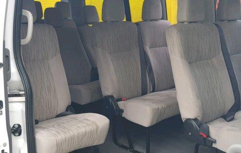 Nissan Urvan impecable en Nuevo León