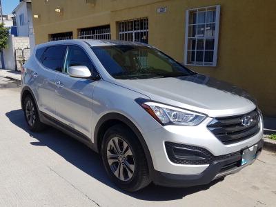Un Hyundai Santa Fe 2014 impecable te está esperando