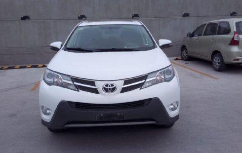 Pongo a la venta cuanto antes posible un Toyota RAV4 en excelente condicción a un precio increíblemente barato