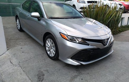 Toyota Camry 2019 impecable