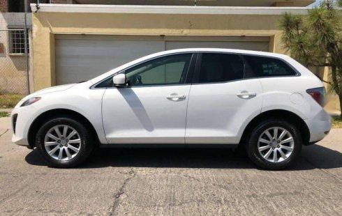 Vendo un carro Mazda CX-7 2011 excelente, llámama para verlo