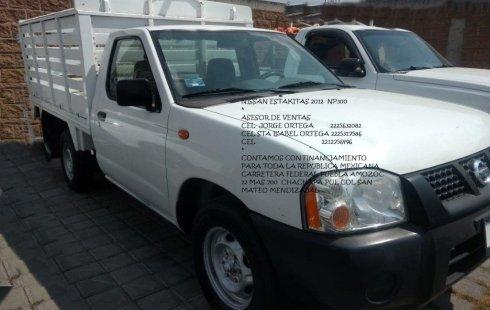 Urge!! En venta carro Nissan Estacas 2012 de único propietario en excelente estado