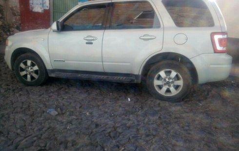 Tengo que vender mi querido Ford Escape 2008 en muy buena condición