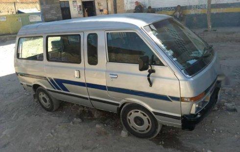 Un carro Nissan Ichi van 1991 en Zapopan