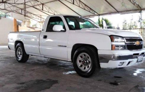 Llámame inmediatamente para poseer excelente un Chevrolet 1500 2006 Automático