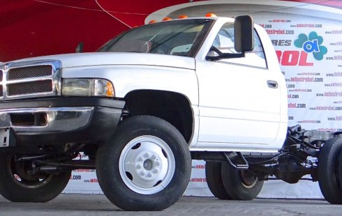 Dodge RAM 4000 2001 impecable