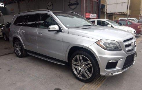 Me veo obligado vender mi carro Mercedes-Benz Clase GL 2013 por cuestiones económicas