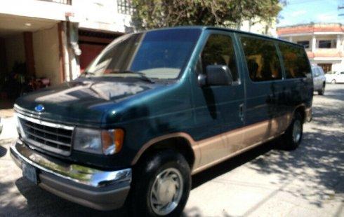 En venta un Ford Club Wagon 1996 Automático en excelente condición