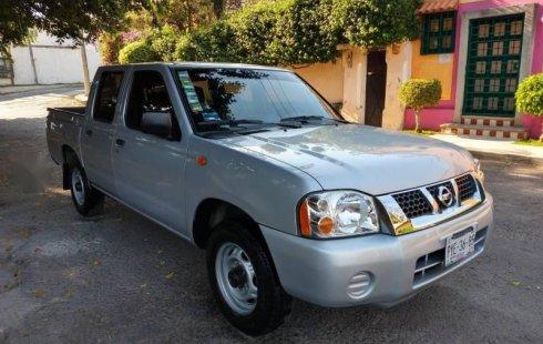 Quiero vender urgentemente mi auto Nissan NP300 2014 muy bien estado