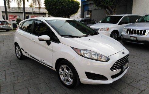 Pongo a la venta cuanto antes posible un Ford Fiesta en excelente condicción a un precio increíblemente barato