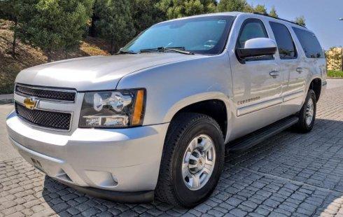 Vendo un Chevrolet Suburban por cuestiones económicas