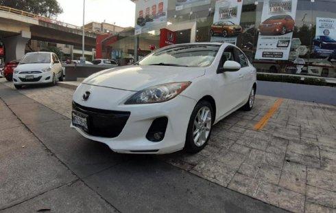Me veo obligado vender mi carro Mazda 3 2012 por cuestiones económicas