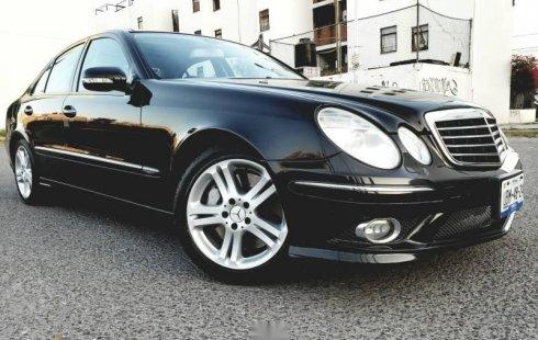 Pongo a la venta un Mercedes-Benz Clase E en excelente condicción