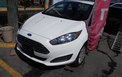 Quiero vender inmediatamente mi auto Ford Fiesta 2016 muy bien cuidado