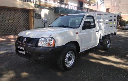 Tengo que vender mi querido Nissan Estacas 2013 en muy buena condición
