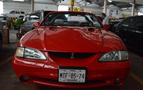 Ford Mustang impecable en México State